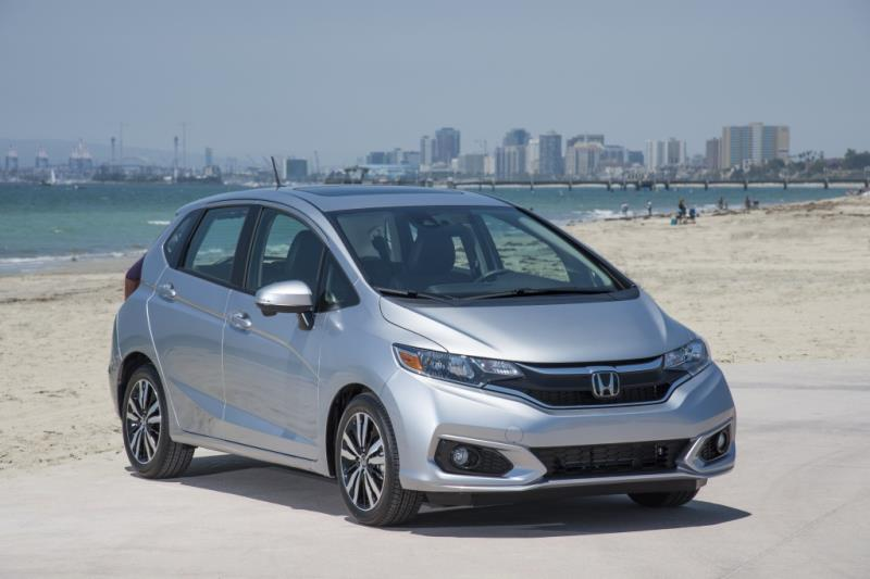 Honda's 2018 Fit hatchback has a new look, great fuel economy!